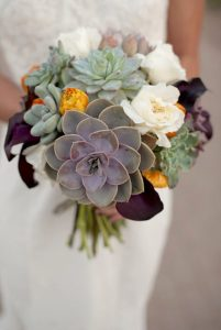 600x600_1389121471156-succulent-bouquets-850x1269-low