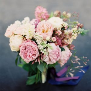 garden-roses-pink-lilac-spring-bridal-bouquet-low