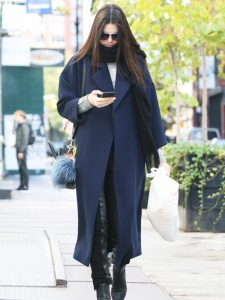 let-kendall-jenner-help-with-your-search-for-the-perfect-winter-coat-1893836-1473253883-600x0c