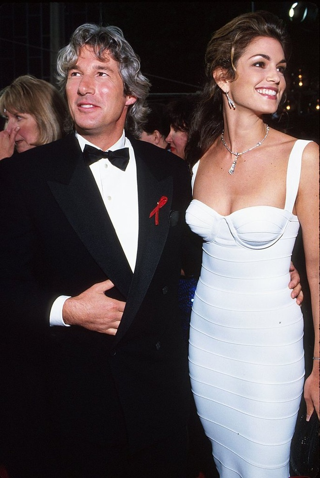 cindy_crawford_richard_gere_jpg_5734_north_660x_white